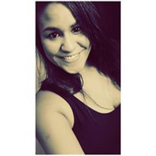 Eveline Oliveira 8's avatar