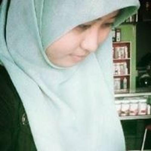 Anisa Hiratasuka's avatar