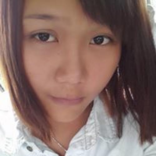 Ling Yaya's avatar