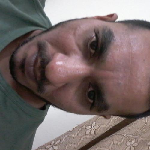 user199516954's avatar