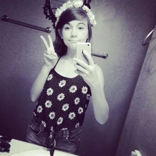 Lilly Irwin's avatar