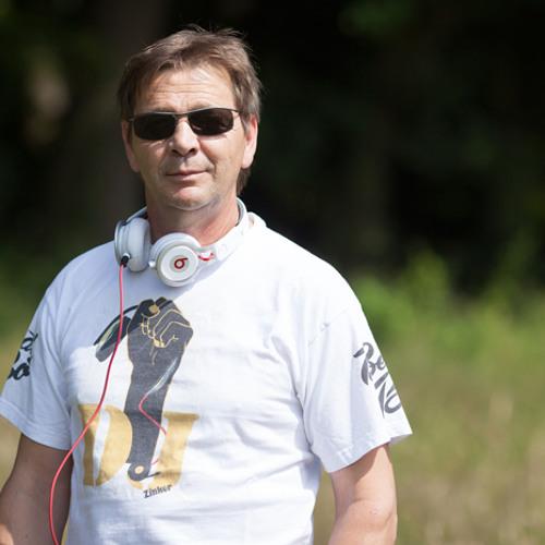 DJ Zinker's avatar