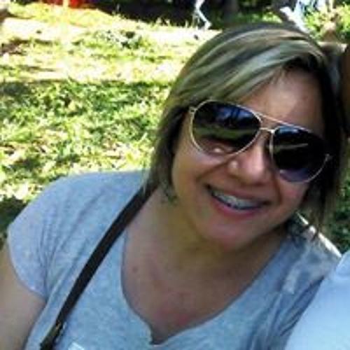 Arianne Dias 1's avatar