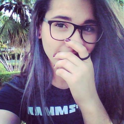 Tamires Martineli's avatar