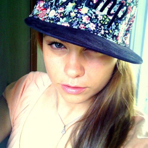 Mimi To's avatar
