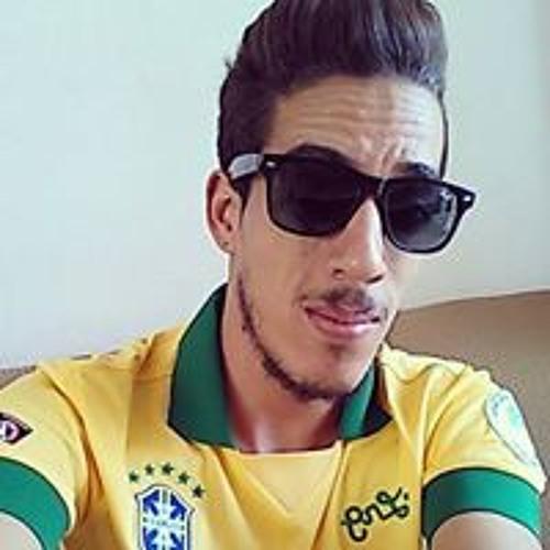 Vinicius Geovanni's avatar