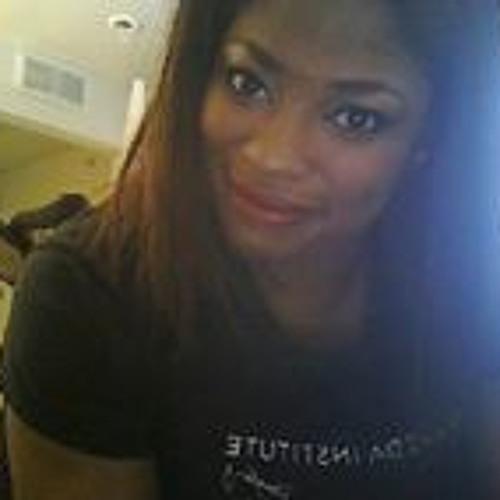 Courtney Azjane's avatar