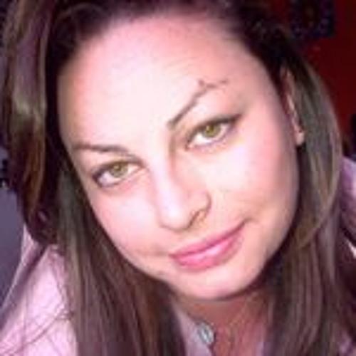 LoRa GonZalez's avatar