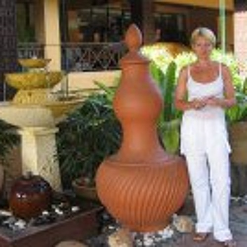Véronique Massoulier's avatar