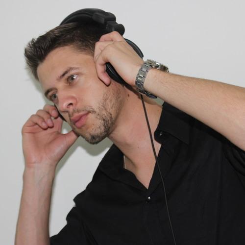 Maicon Leit's avatar