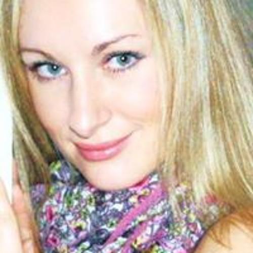 Julia Schmidt 68's avatar