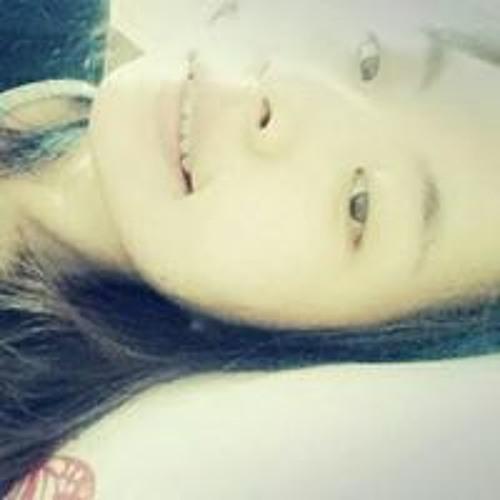 Eunha Son's avatar