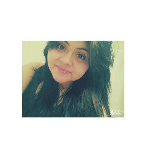 Azul Hernandez's avatar