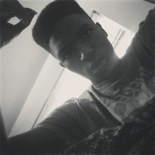 Lowkey_Tay's avatar