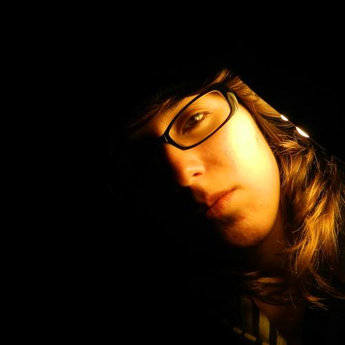 Luíze Melo's avatar