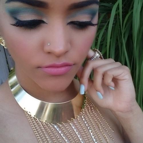 Vania_Rodriguez's avatar