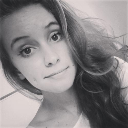 Caroline Malkut's avatar
