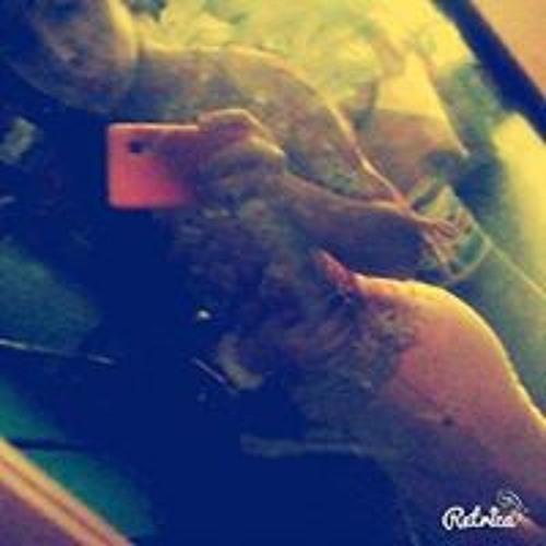 Andrea Mendoza 52's avatar