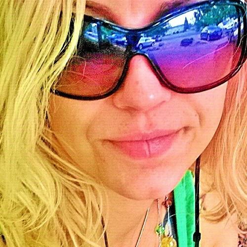 Laura Mariah Mounts's avatar