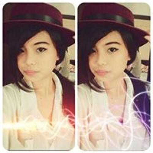 Charisma Mo's avatar