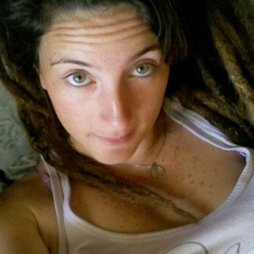 LeonaMckz's avatar