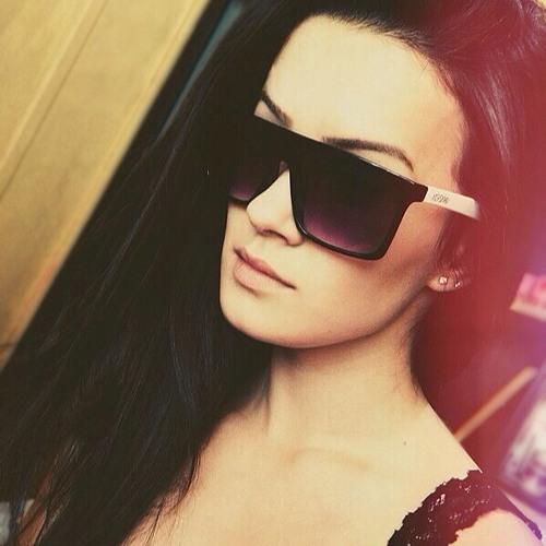 Paloma Bernz's avatar