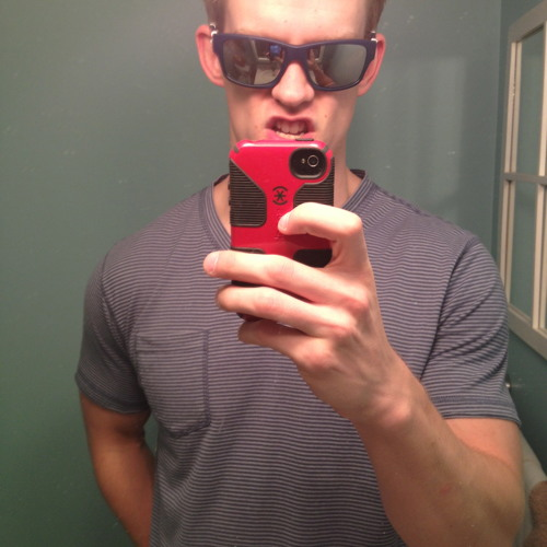 luke0322's avatar
