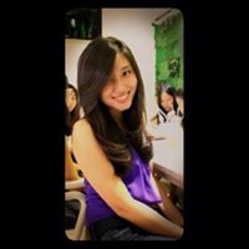 claudia hidayat's avatar