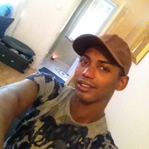 Ebert Mello 1's avatar