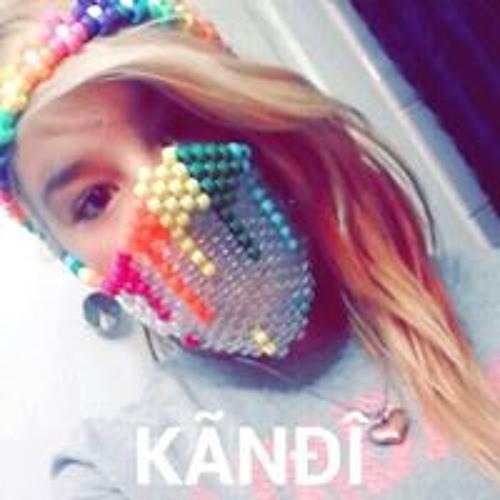 Savannah Carter 6's avatar