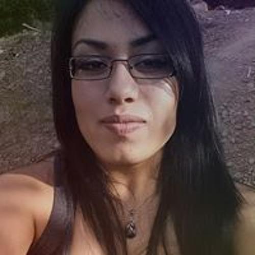 Diana Guevara 18's avatar