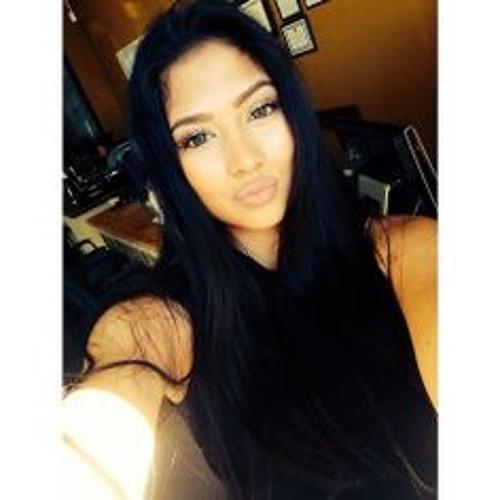 Cortney Catena's avatar
