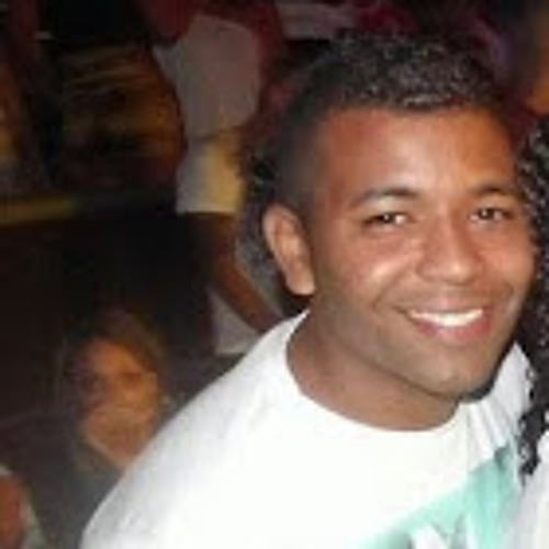 luciansiqueira's avatar