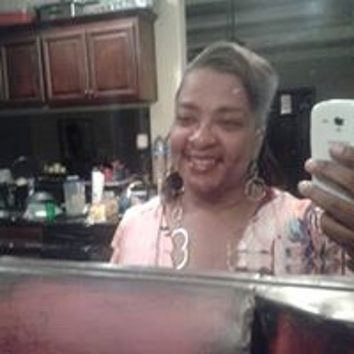 Sheizelle Sneed's avatar