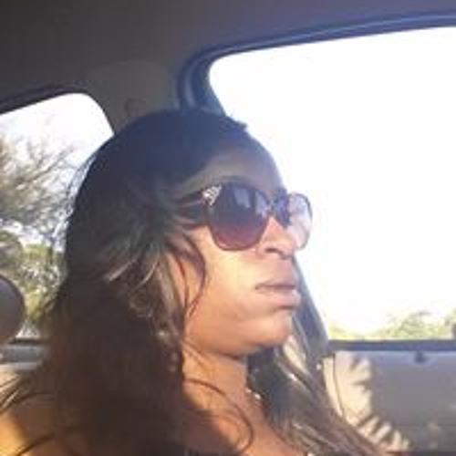 Monique Jacob's avatar