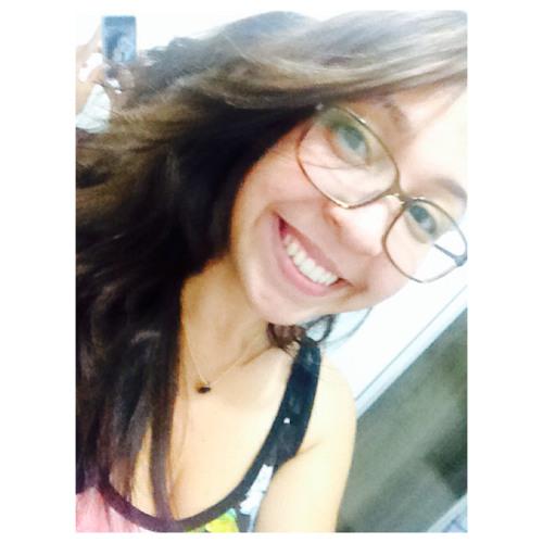 Marcelly Mirella's avatar