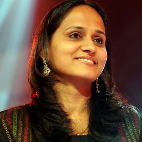 Roopa Revathi's avatar