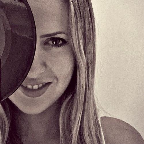 Niki Beladaki's avatar