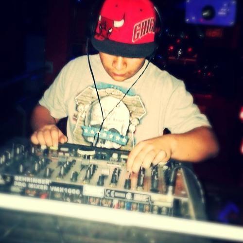 DJ. AXEL MARTINEZ's avatar