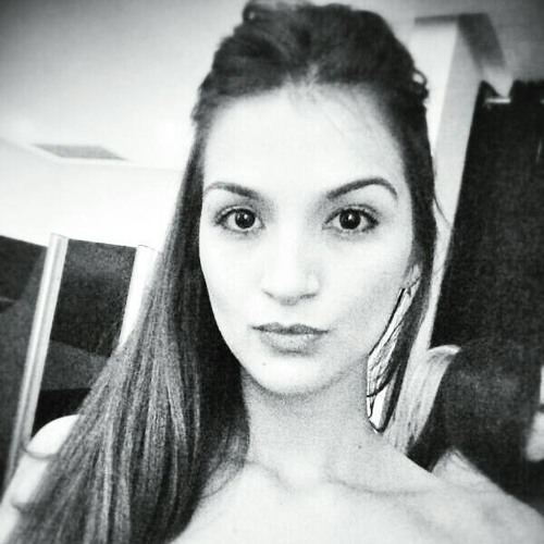 Isamara Cezimbra's avatar