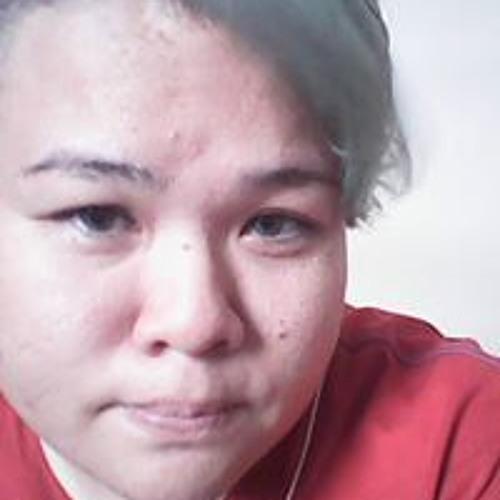 Nikkie Ann Young's avatar