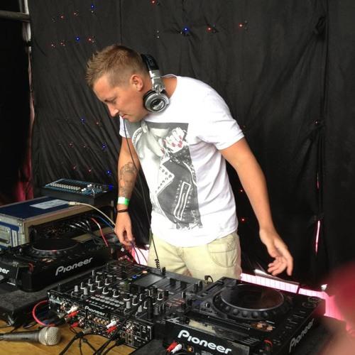 DJ Stevie-B's avatar