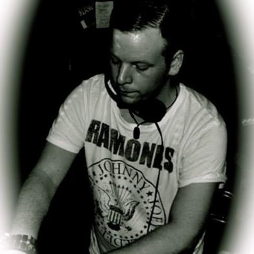 Daniel Buerke's avatar
