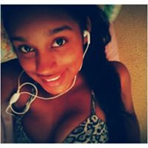 Thayná Façanhaa's avatar