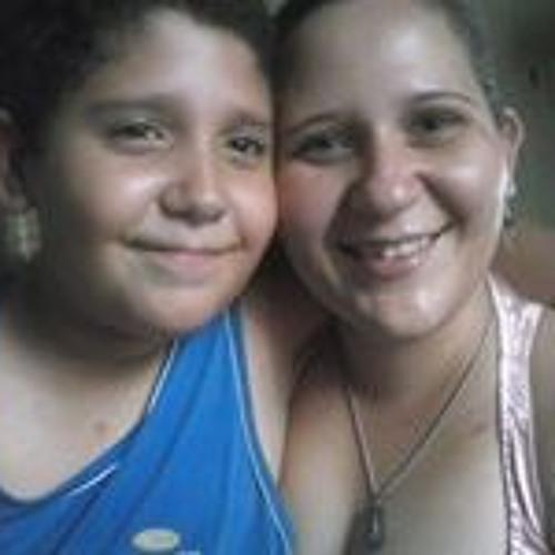 Thyta Monteiro's avatar