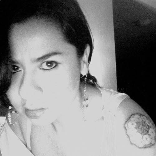 Nadia Arenas's avatar
