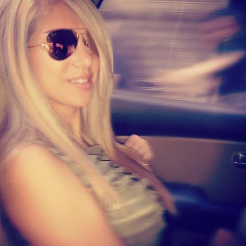 Christine Betenjaneh's avatar