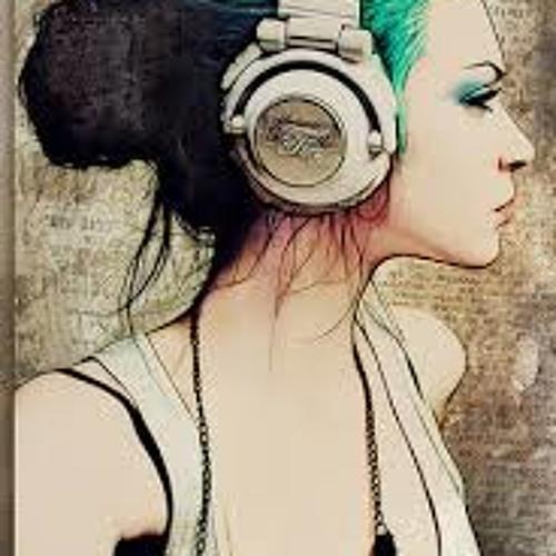 Melyssa Love's avatar