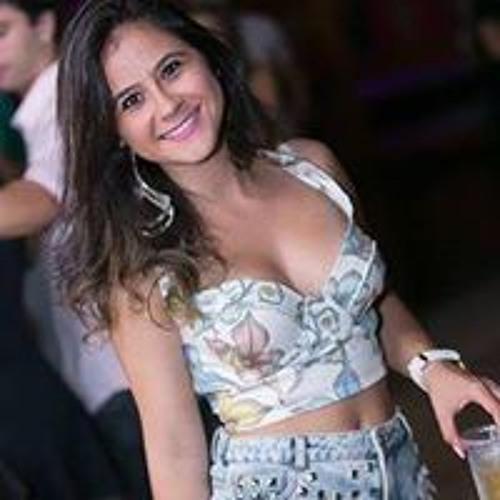 Bruna Gomes 83's avatar