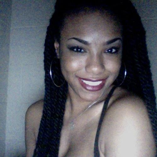 Lisette Gabrielle's avatar